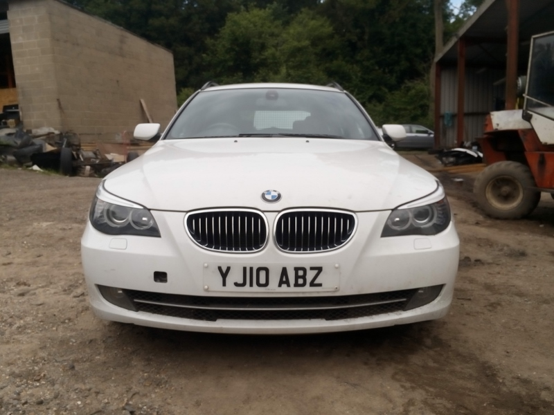 bmw 530d a c touring white 2010 spares or repairs cat d. Black Bedroom Furniture Sets. Home Design Ideas