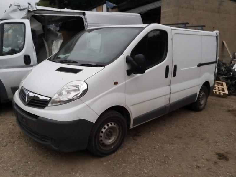 Vauxhall Vivaro 2700 2 0 Cdti Swb White If05 01 10 O S F
